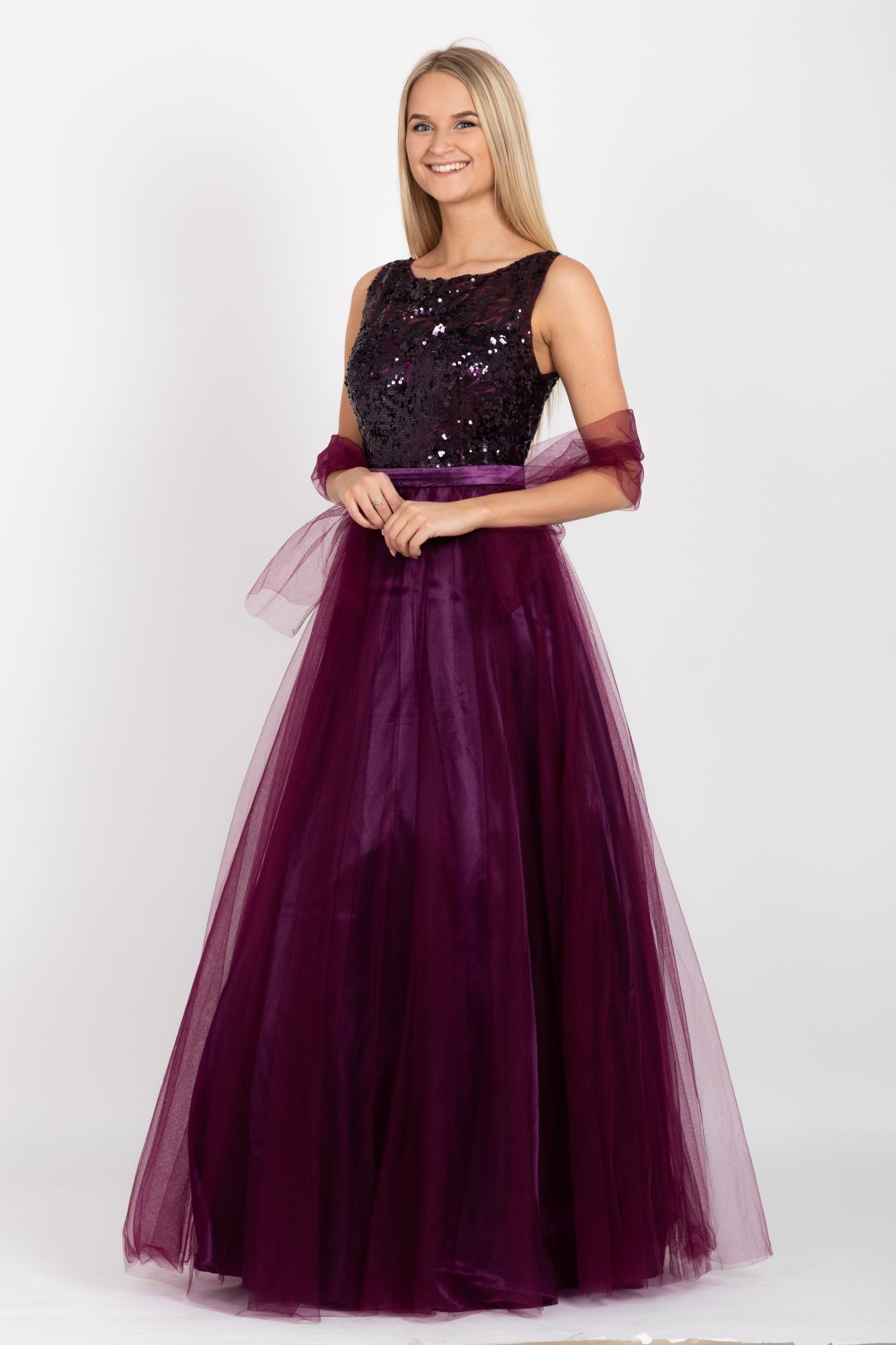 093d179a60e0 ... fialové Plesové šaty Plumlove