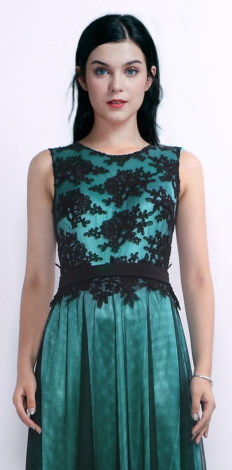 70acfff0f47 ... zelené Plesové šaty Sladké drievko