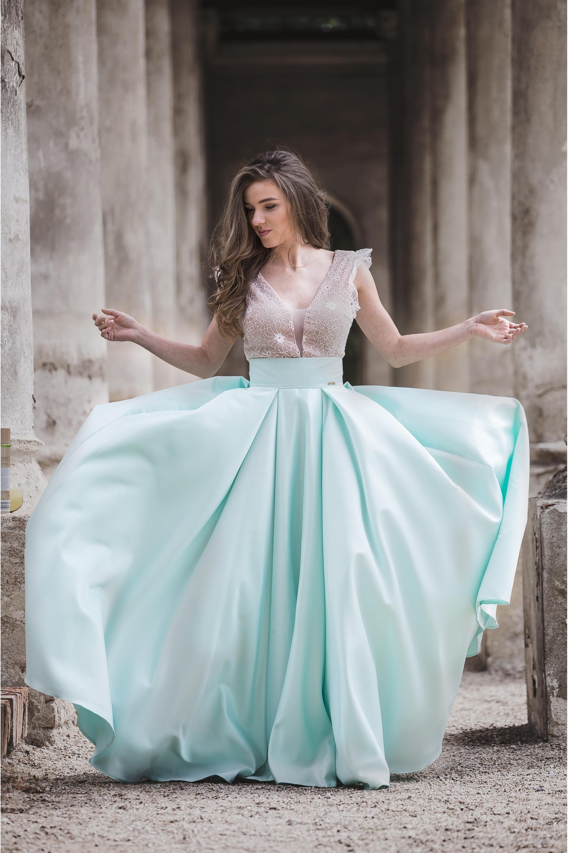 ... mintová Maxi sukňa Sissi 239a54b6518