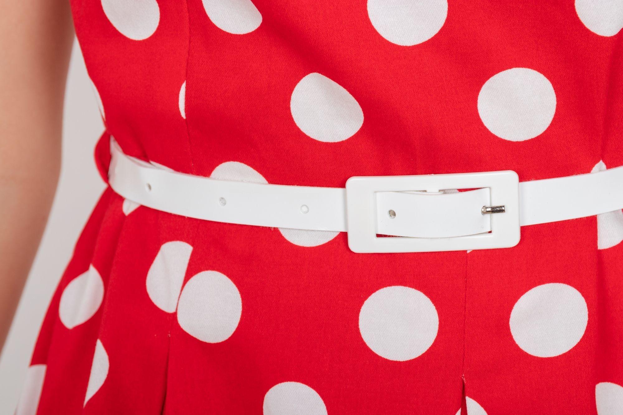 ddbedb03e715 ... Retro šaty Čestnosť