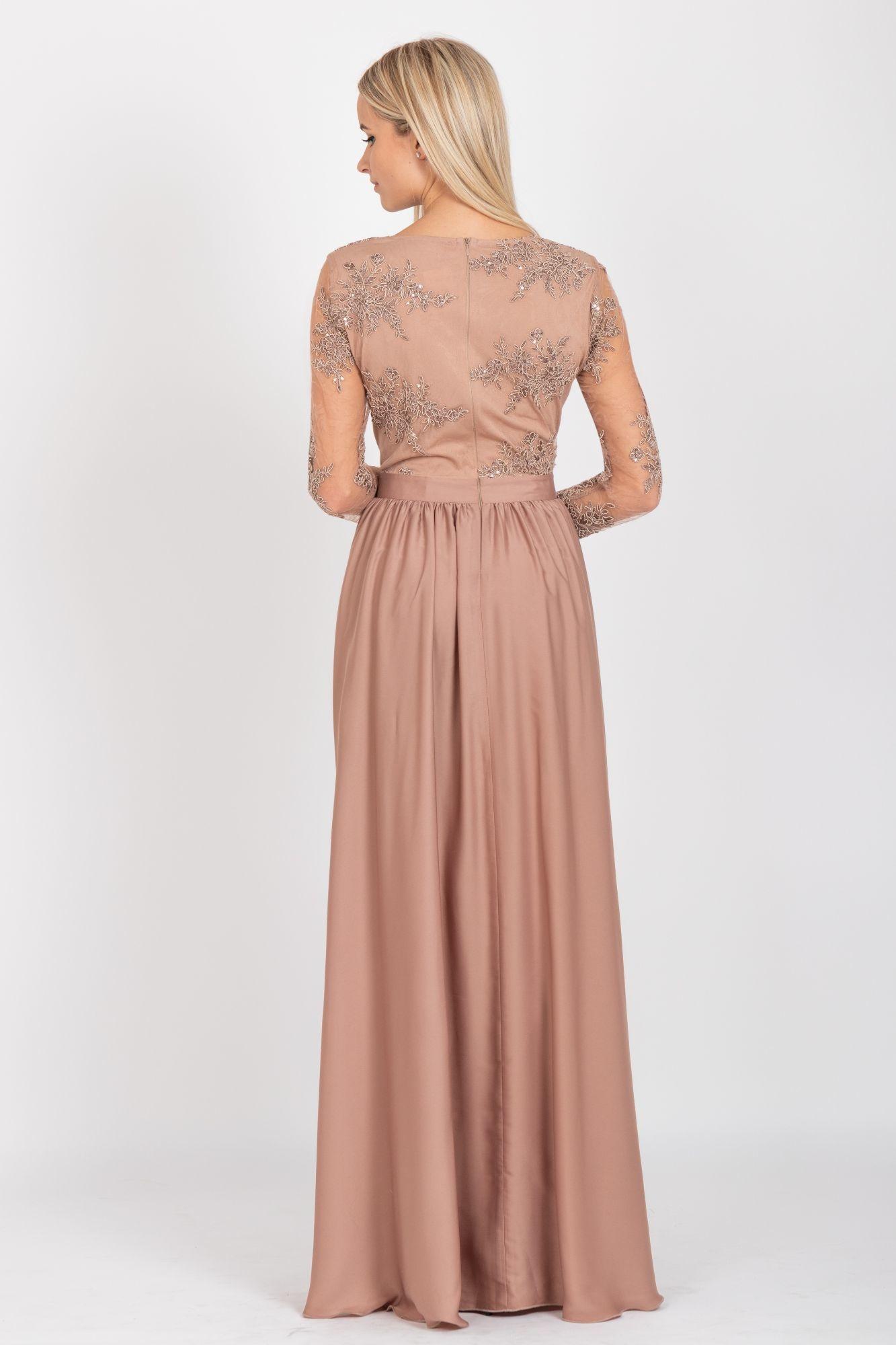 a6506cc3635c Spoločenské šaty Arianrhod