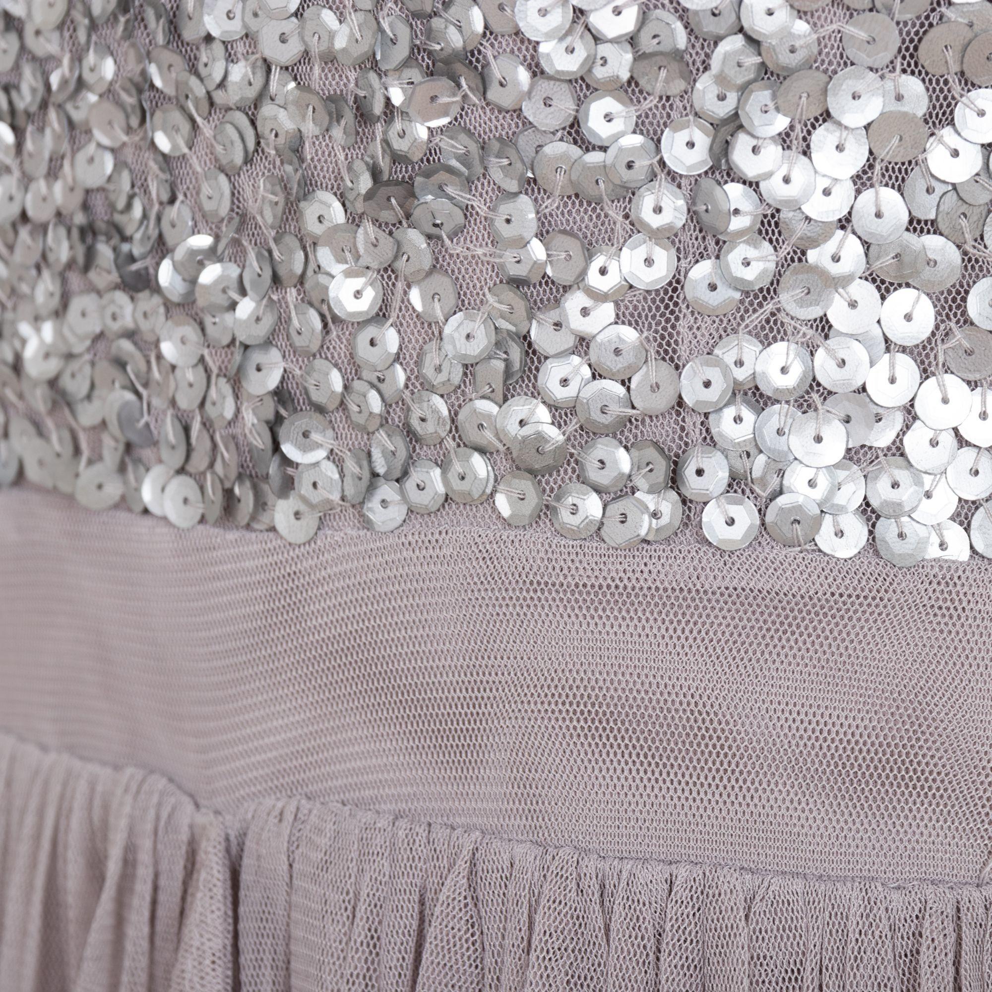 c9a059451877 ... sivé Exkluzívne plesové šaty Yasmin