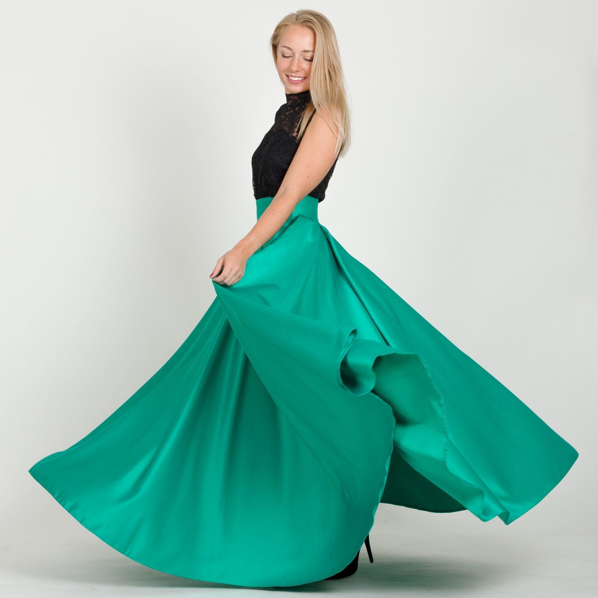 ... zelená Maxi sukňa Sissi b5c2a9fb7a1