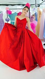 Exkluzívny V.I.P. model Karmína, červený