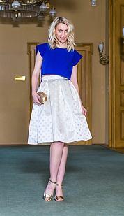 Midi sukňa Cisárovná, biela s bodkami