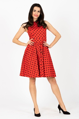 f47435eef Retro šaty Skákavka, červené s bodkami