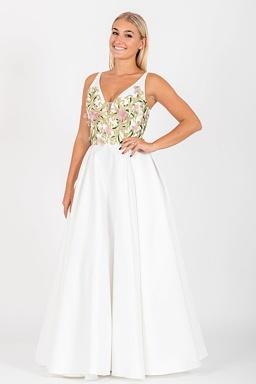 07521fcd62ee Exkluzívne svadobné šaty Spanilá Ruženka