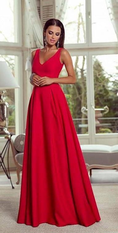 f818c881293 Plesové šaty Atropos