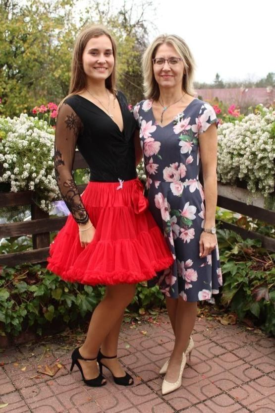 DOLLYnka Červená čiapočka