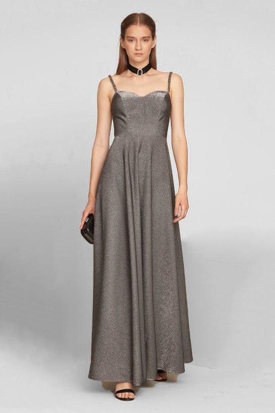 5f42eb42050a Plesové šaty Minimalizmus